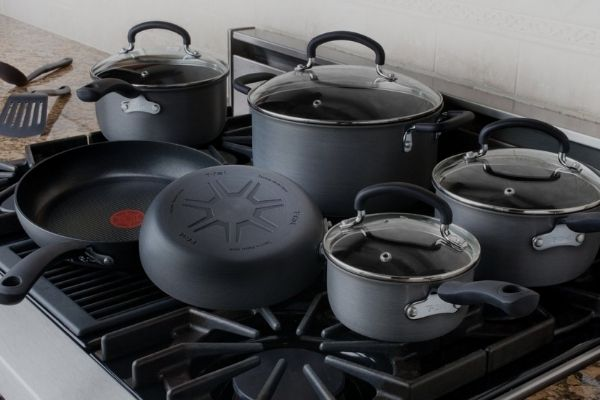 Hard Anodized Cookware Safe